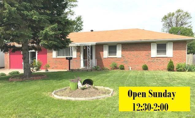 706 S Prairie Street, Bethalto, IL 62010 (#18037743) :: Sue Martin Team