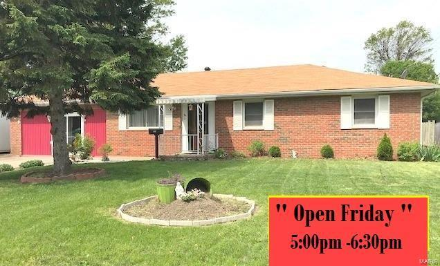 706 S Prairie Street, Bethalto, IL 62010 (#18037743) :: Fusion Realty, LLC