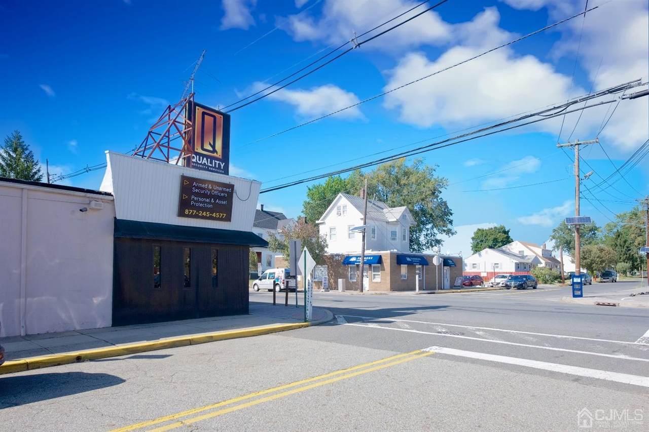 385 New Brunswick Avenue - Photo 1