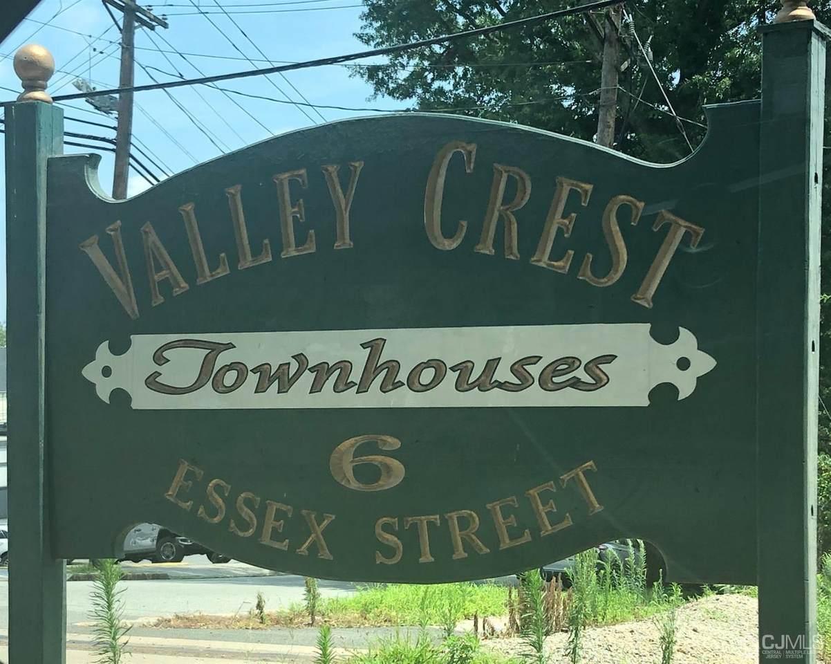 6 Essex Street - Photo 1