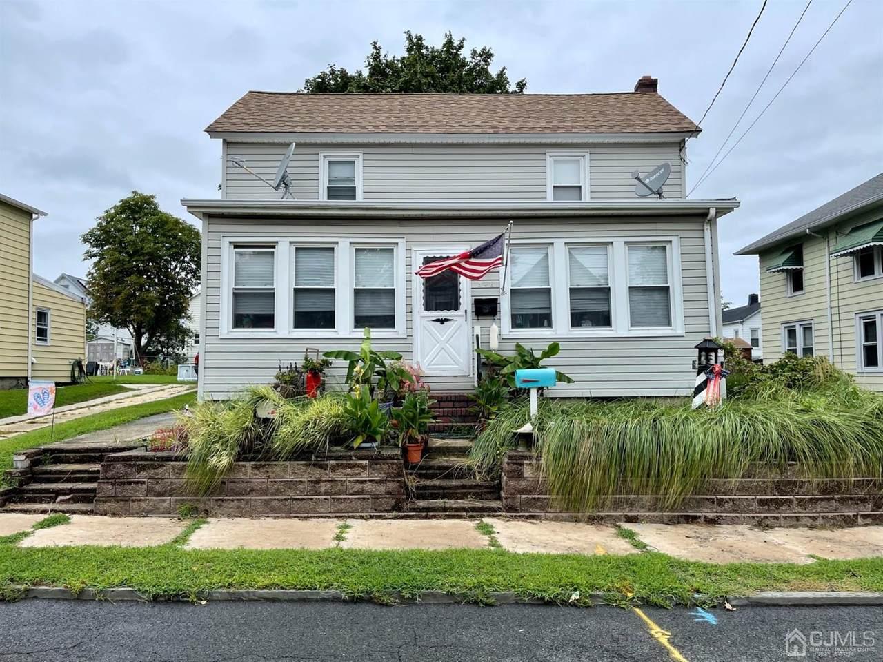 346 David Street - Photo 1