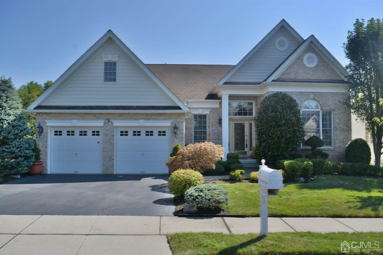 7 Turnberry Drive - Photo 1