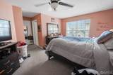415 Plymouth Road - Photo 14