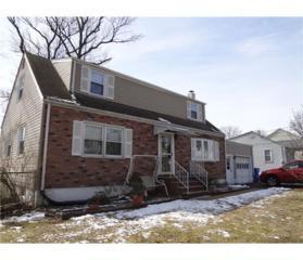 15 Coakley Street, Iselin, NJ 08830 (MLS #1713627) :: The Dekanski Home Selling Team