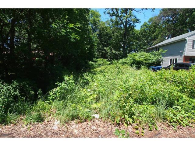 1843 Holly Road, North Brunswick, NJ 08902 (MLS #1720903) :: The Dekanski Home Selling Team