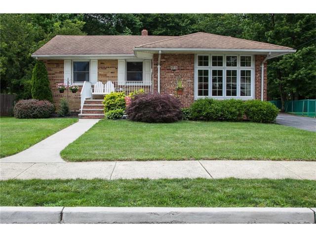 24 Gurley Road, Edison, NJ 08817 (MLS #1721094) :: The Dekanski Home Selling Team