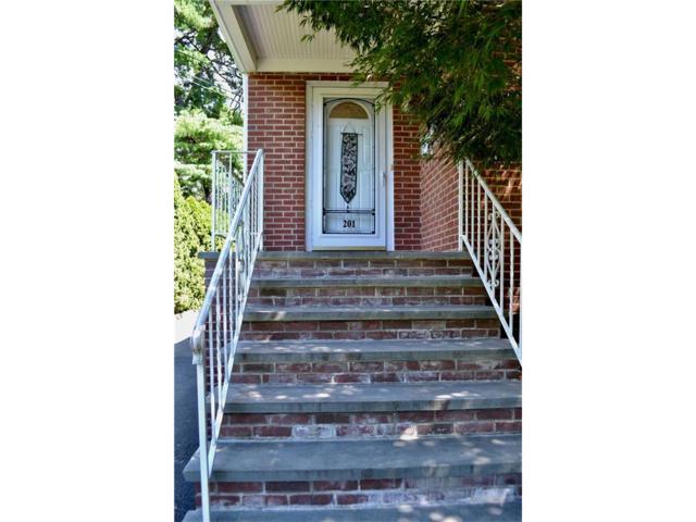 201 Maple Avenue, Metuchen, NJ 08840 (MLS #1805257) :: The Dekanski Home Selling Team