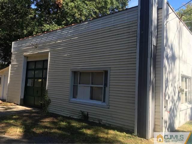585 Union Avenue, Middlesex Boro, NJ 08846 (MLS #2009008) :: The Dekanski Home Selling Team