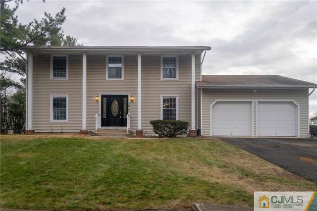 39 Wood Lake Drive, Piscataway, NJ 08854 (MLS #2009088) :: Vendrell Home Selling Team