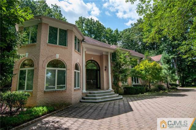 7 Combs Place, East Brunswick, NJ 08850 (MLS #2010568) :: Vendrell Home Selling Team
