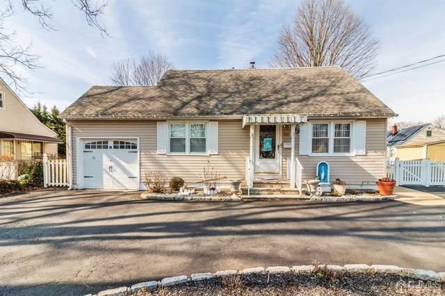 160 Plainfield Avenue, Edison, NJ 08817 (MLS #2012763) :: The Dekanski Home Selling Team