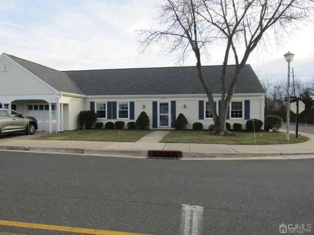 463 New Haven Way 463-A, Monroe, NJ 08831 (MLS #2013087) :: William Hagan Group