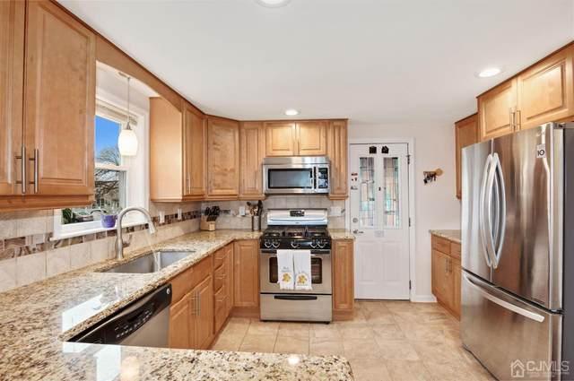 233 Bergen Street, Woodbridge Proper, NJ 07095 (MLS #2014179) :: William Hagan Group