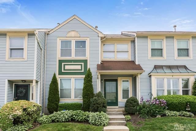 7 Heritage Square, Sayreville, NJ 08872 (MLS #2016492) :: Vendrell Home Selling Team