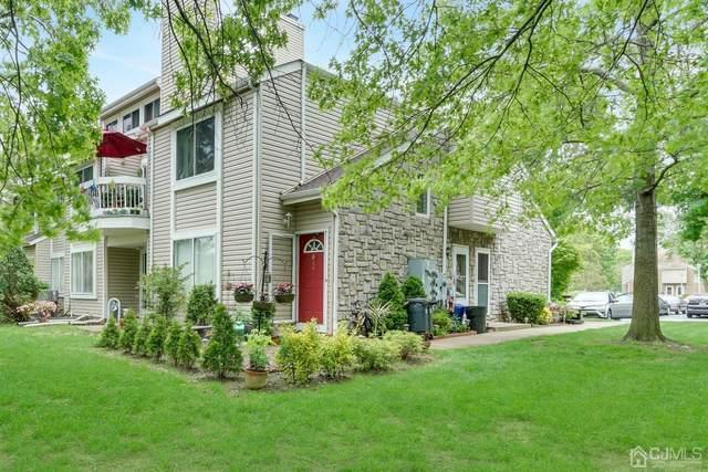 83 Farnham Square, Sayreville, NJ 08859 (MLS #2017024) :: Vendrell Home Selling Team