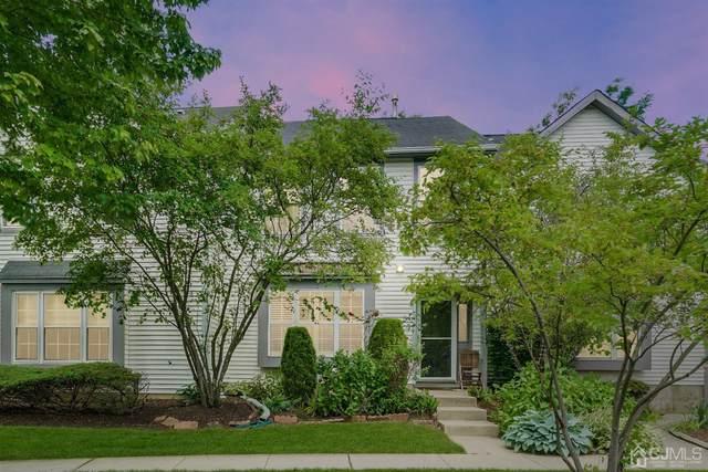 2 Mystic Court, Sayreville, NJ 08872 (MLS #2017140) :: Vendrell Home Selling Team