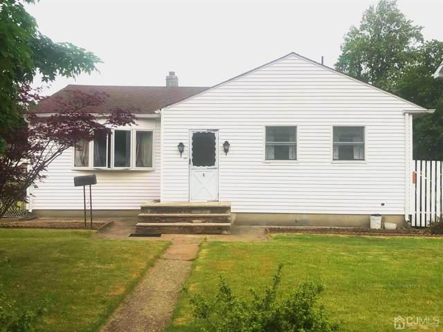 1 Albert Drive, Sayreville, NJ 08859 (MLS #2017401) :: Vendrell Home Selling Team