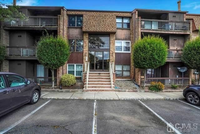 338 Sharon Garden Court, Woodbridge Proper, NJ 07095 (MLS #2104424) :: William Hagan Group