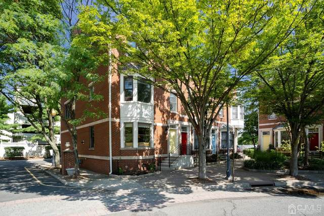 18 Hiram Square, New Brunswick, NJ 08901 (MLS #2104802) :: William Hagan Group