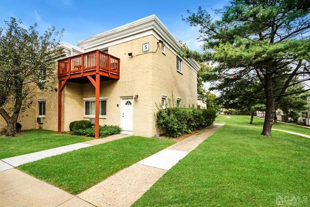 5 Lake Avenue 10A, East Brunswick, NJ 08816 (MLS #2105298) :: William Hagan Group