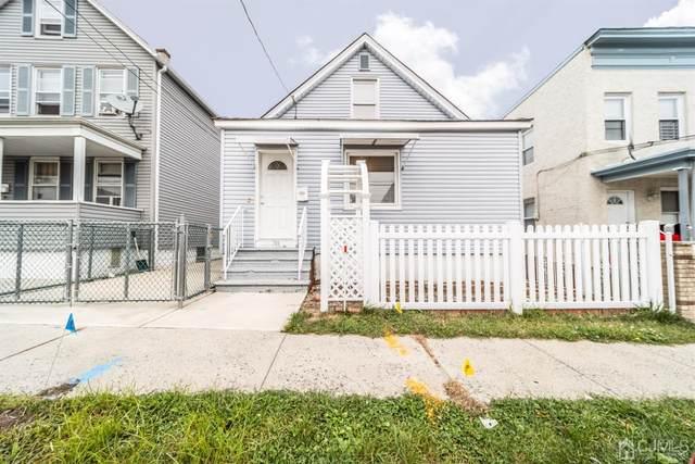 30 Edwin Street, Carteret, NJ 07008 (MLS #2105571) :: Halo Realty