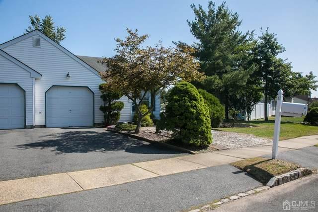 41 Woodbrooke Drive, Edison, NJ 08820 (MLS #2105648) :: The Dekanski Home Selling Team