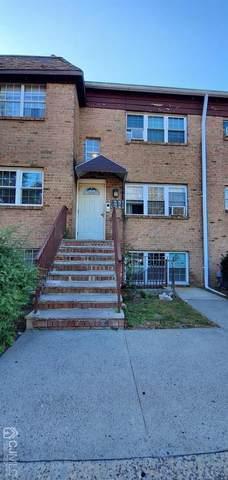 17 College Drive #17, Edison, NJ 08817 (MLS #2105683) :: The Sikora Group