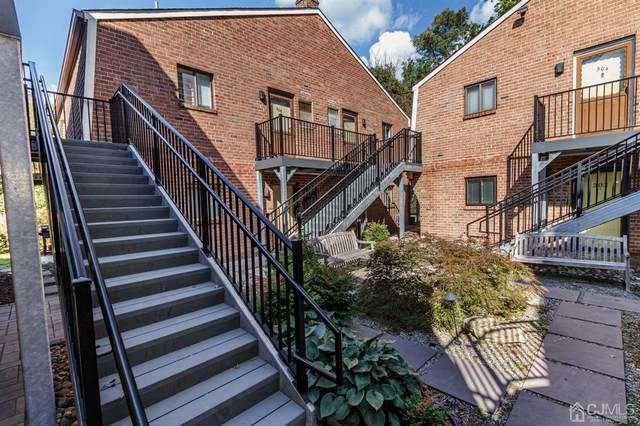308 Meadow Woods Lane, Lawrence, NJ 08648 (MLS #2106525) :: Provident Legacy Real Estate Services, LLC