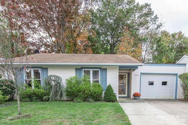58 Essex Road 58B, Monroe, NJ 08831 (#2107954) :: Daunno Realty Services, LLC