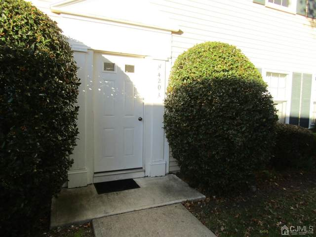 420 Newport Way 420N, Monroe, NJ 08831 (#2108208) :: Nexthome Force Realty Partners
