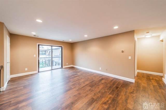 1314 N Oaks Boulevard, North Brunswick, NJ 08902 (MLS #2110562) :: Gold Standard Realty