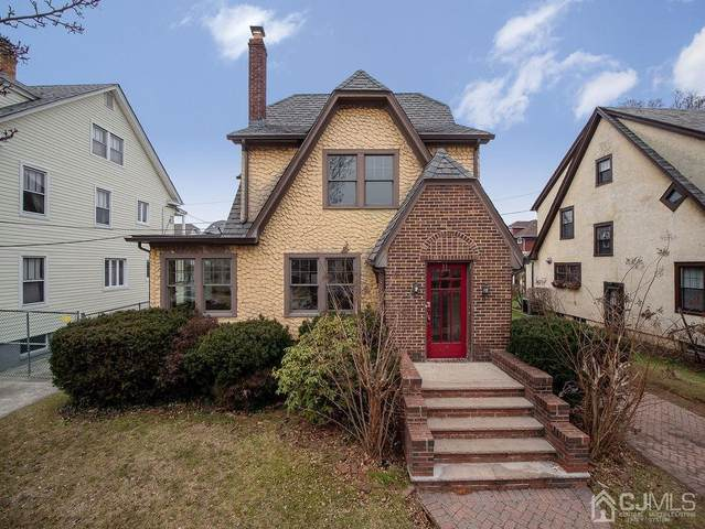 11 Wellington Place, New Brunswick, NJ 08901 (MLS #2111057) :: Kay Platinum Real Estate Group