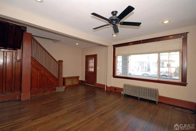 325 Henry Street, South Amboy, NJ 08879 (MLS #2111275) :: REMAX Platinum