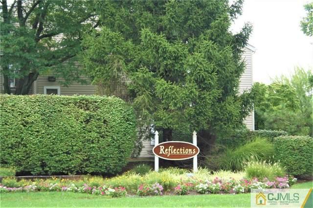 39 Farnham Square, Sayreville, NJ 08859 (MLS #2111708) :: RE/MAX Platinum