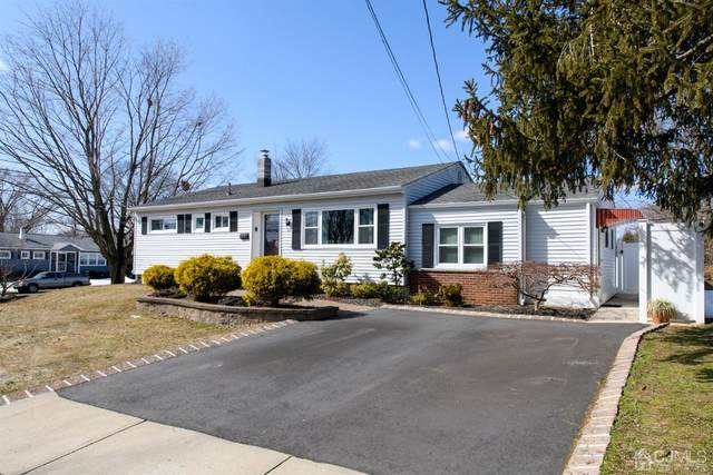 32 Berkshire Road, Old Bridge, NJ 08857 (MLS #2113319R) :: Kiliszek Real Estate Experts