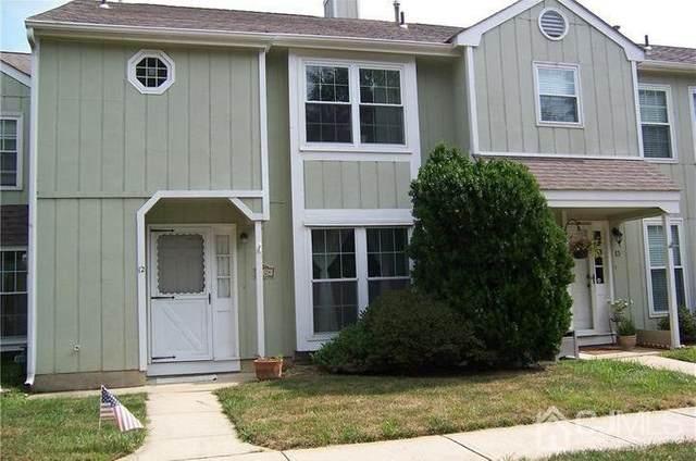 12 Pond View Drive, Plainsboro, NJ 08536 (MLS #2113532R) :: The Michele Klug Team | Keller Williams Towne Square Realty