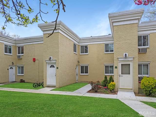 17 Lake Avenue 1B, East Brunswick, NJ 08816 (MLS #2114163R) :: The Michele Klug Team | Keller Williams Towne Square Realty