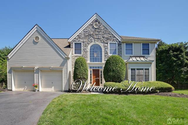 15 Dickenson Court, Plainsboro, NJ 08536 (MLS #2114619R) :: The Streetlight Team at Formula Realty