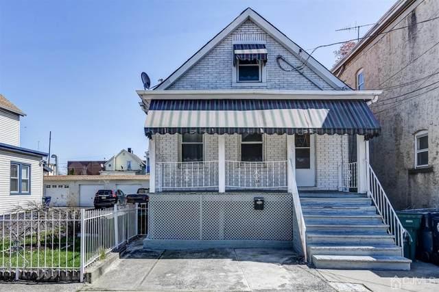 338 Gifford Street, Perth Amboy, NJ 08861 (MLS #2114932R) :: RE/MAX Platinum