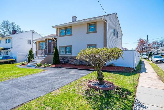 101 Coolidge Avenue, Carteret, NJ 07008 (MLS #2115128R) :: RE/MAX Platinum