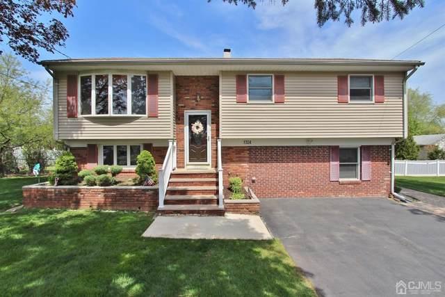 1324 Yurgel Drive, South Plainfield, NJ 07080 (MLS #2116062R) :: RE/MAX Platinum