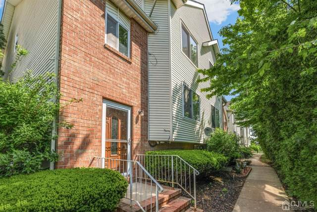 802 Holly Drive, Perth Amboy, NJ 08861 (MLS #2117060R) :: William Hagan Group