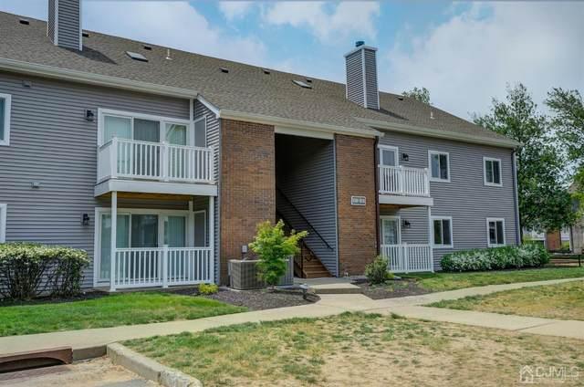 8513 Tamarron Drive, Plainsboro, NJ 08536 (#2117610R) :: Rowack Real Estate Team