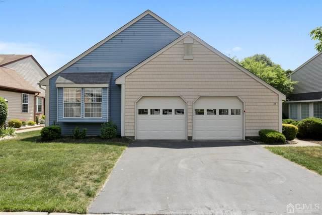 24 Martin Van Buren Drive, Monroe, NJ 08831 (MLS #2117700R) :: Provident Legacy Real Estate Services, LLC