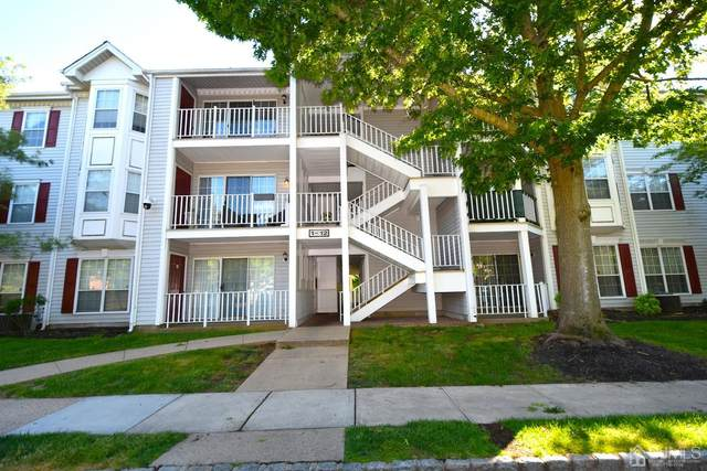 4 Sheffield Court, North Brunswick, NJ 08902 (#2118156R) :: Rowack Real Estate Team