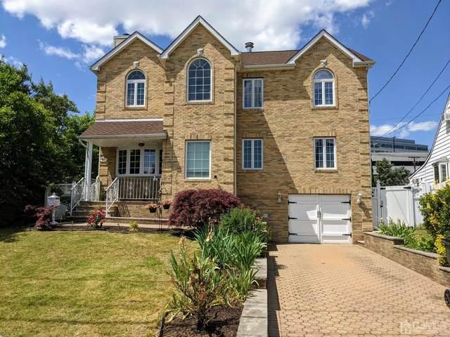 81 Wall Street, Menlo Park Terrace, NJ 08840 (#2118167R) :: Rowack Real Estate Team