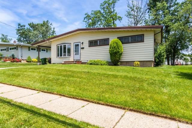 27 Mill Road, Edison, NJ 08817 (#2118669R) :: Rowack Real Estate Team