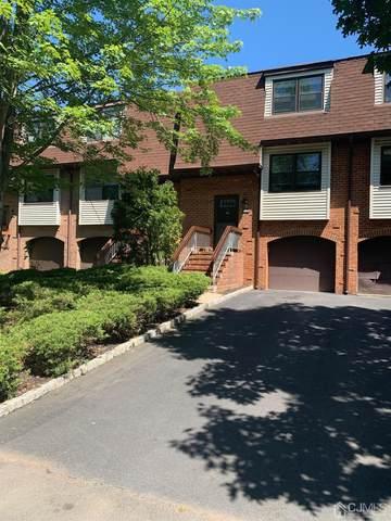 5905 N Oaks Boulevard, North Brunswick, NJ 08902 (MLS #2119228R) :: Parikh Real Estate