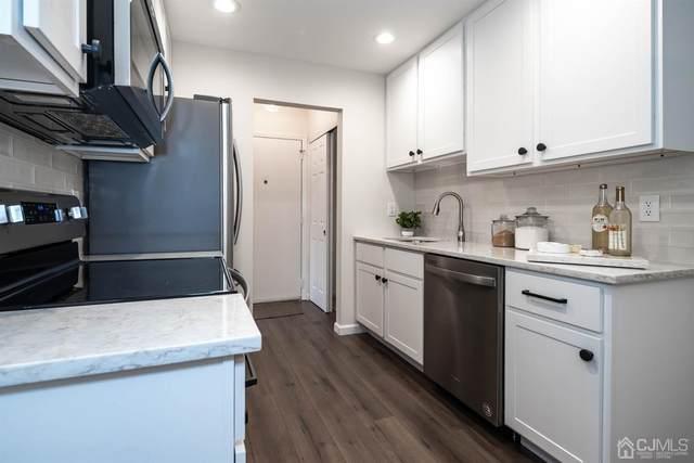 33 Meadow Green Circle K, Manalapan, NJ 07762 (MLS #2119244R) :: Parikh Real Estate