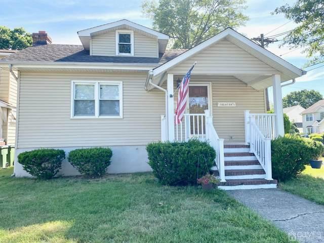 41 Trenton Avenue, Edison, NJ 08817 (MLS #2119270R) :: Kiliszek Real Estate Experts